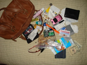 not-an-organized-purse-by-eyesogreen